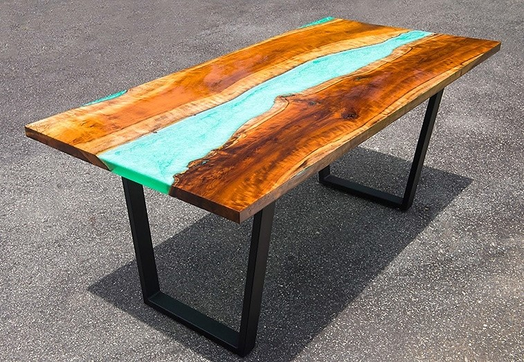 epoxy-river-table
